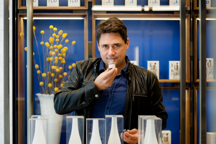 O perfumista Daniel Pescio