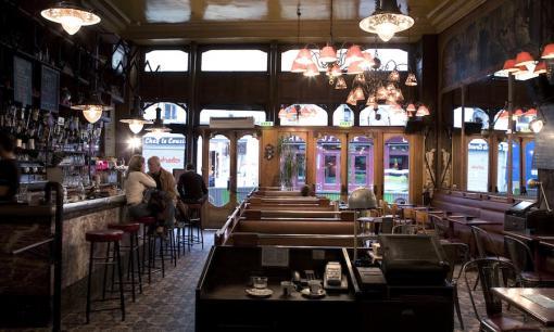 O Café Charbon na Rue Oberkampf.