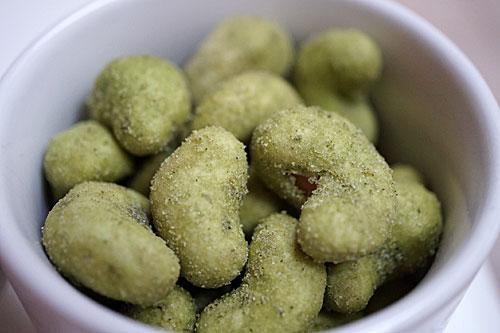 Castanha do Cajú com chá verde