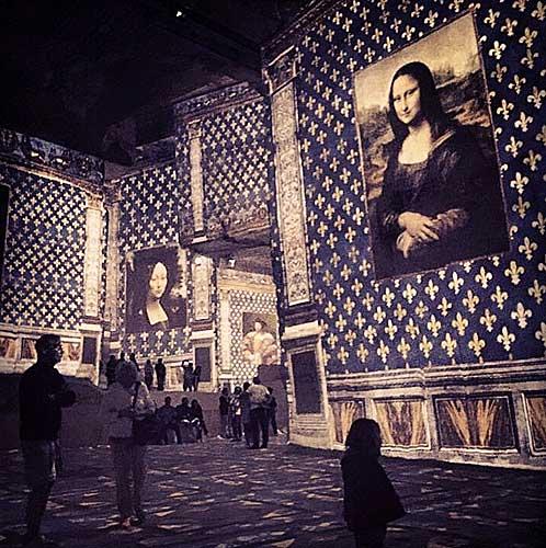 As famosas telas emolduradas pelas decorações dos palácios italianos