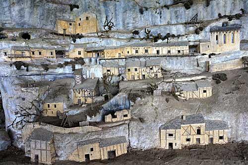La Roque Saint Christophe na Idade Média
