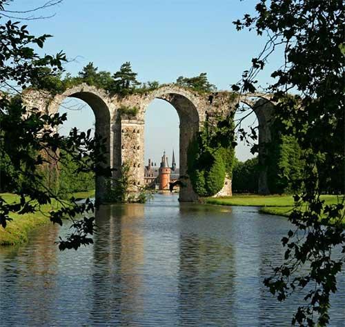 Jardins e aqueduto do Castelo de Maintenon