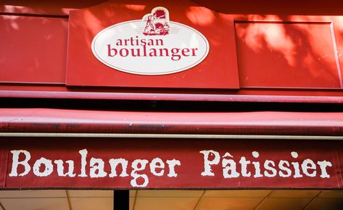 """Dica: as melhores padarias em Paris têm o selo """"Artisan Boulanger""""."""