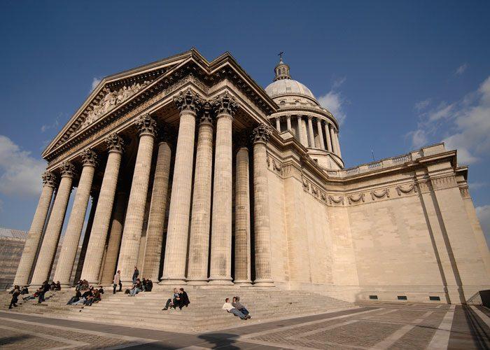 Fachada do Panteão de Paris.