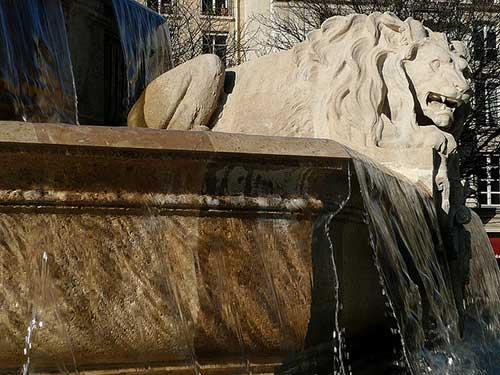 Fontaine Saint Sulpice.