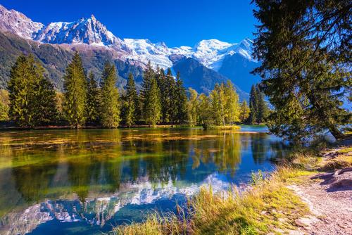 Paisagem típica da região dos Alpes franceses