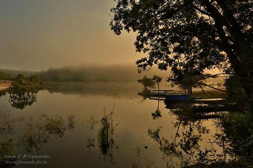 Amanhecer no Rio Negro