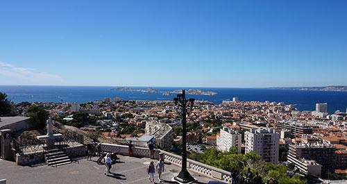 Vista de Marseille do alto da Basílica Notre Dame de la Garde
