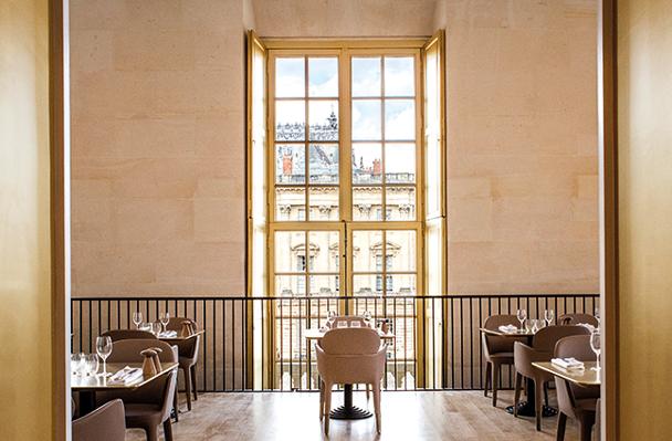 Restaurante e hotel de luxo em Versailles