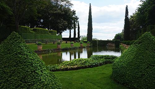 Jardim perto do Manoir