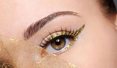 O ouro na maquiagem