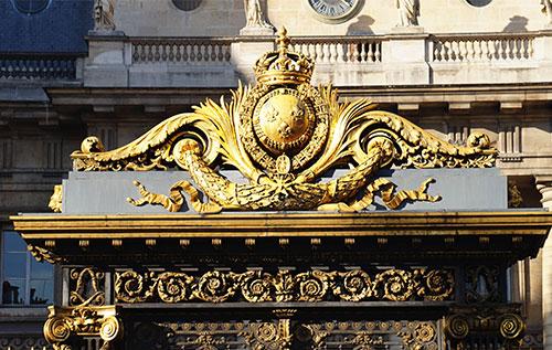 Portão de ferro forjado do Palais de Justice