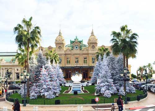 Place du Casino. Mari and the City