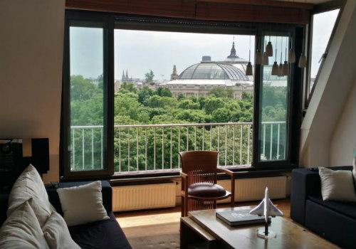 Apartamento para alugar com vista para a avenida Champs-Élysées