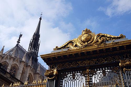 Sainte Chapelle e seu telhado.