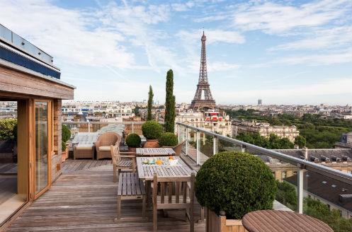 Apartamento com vista para alugar em Paris