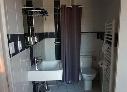 Banheiro privativo, quartos duas pessoas