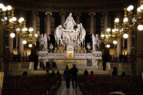 Altar da Madeleine. Foto arquivo do Conexão Paris