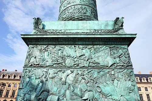 Base da Coluna Vendôme