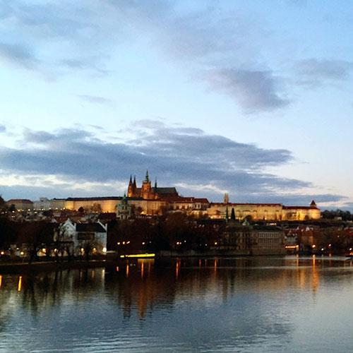 Castelo de Praga no fim da tarde