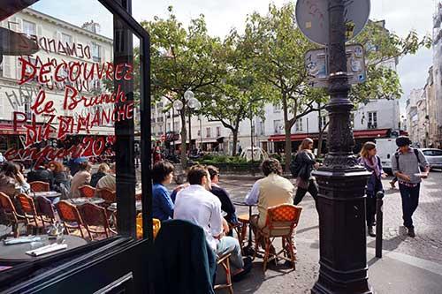 Café no Quartier Latin