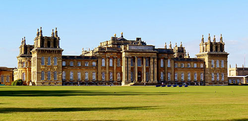 Blenheim Palace. Darling Starlings Flying the Nest no Flickr