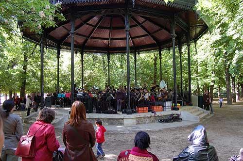 Concertos no Jardin du Luxembourg. Miquel C. no Flickr