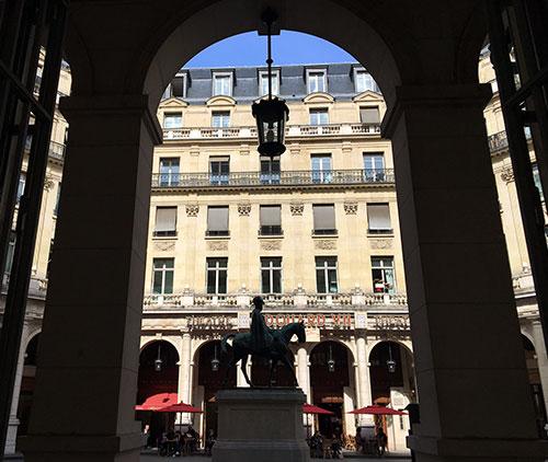 Teatro Édouard VII e seu café