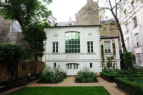 Atelier de Delacroix, situado no jardim do museu