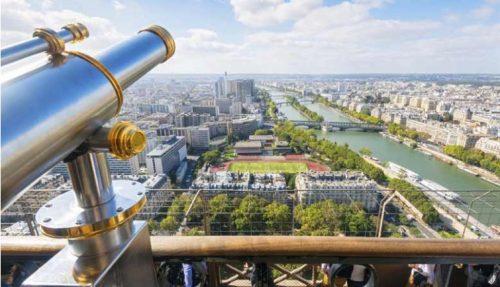 pg-01-eiffel-tower-view_1