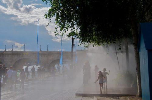 Aspersores de água (foto: ErasmusOfParis no Flickr)