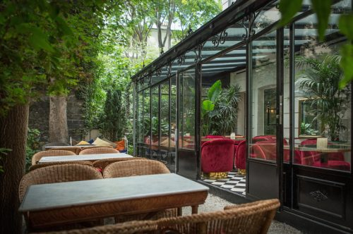 O bar Très Particulier do Hotel Particulier Montmartre