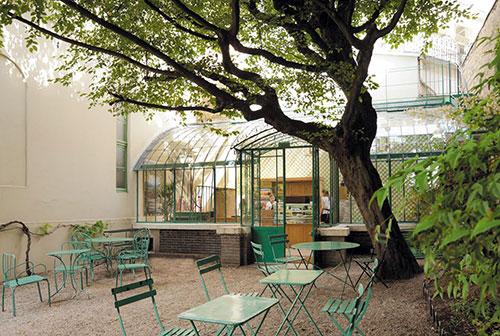 Jardim e café do Museu da Vida Romântica
