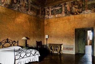 Quarto histórico da Villa Médicis