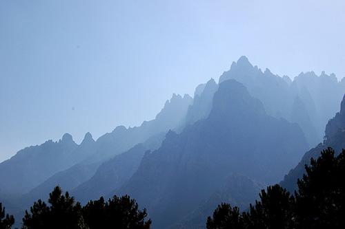 Os Picos de Bavella. marc.desbordes no Flickr