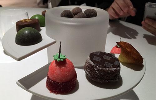 Villa Lalique, mini sobremesas para acompanhar o café