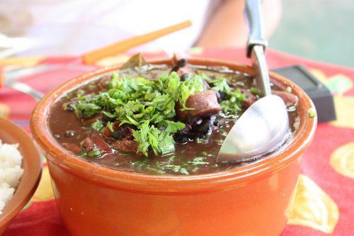 Feijoada, um prato viscoso (foto: Helder Ribeiro no Flickr)