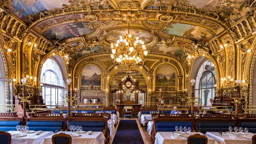 O restaurante Le Train Bleu