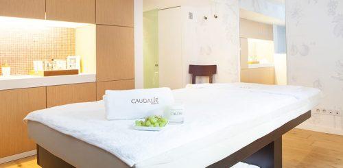 A sala de massagens e tratamentos