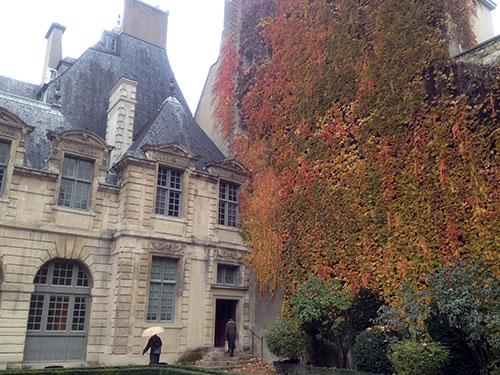 Hotel de Sully, Marais.