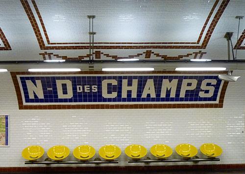 Metrô de Paris, estação de Saint Germain
