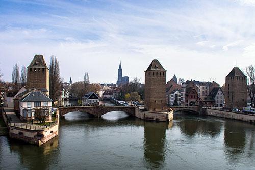 Vista da cidade de Estrasburgo a partir do topo da barragem Vauban. David Almeida no Flickr