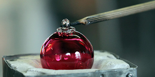 Bolas de Natal em cristal da Alsácia