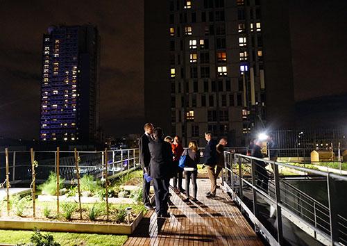 Cordon Bleu Paris. Horta no teto do campus no dia da inauguração
