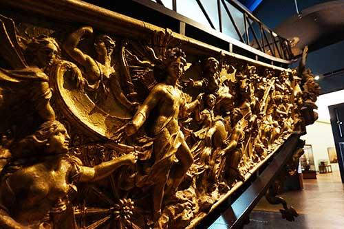 Museu da Marinha. Decoração da Galera de Louis 14