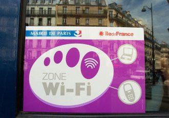 cartaz wifi internet em paris