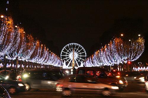 Pequenos segredos da avenida Champs Élysées. Pascal Terjan no Flickr