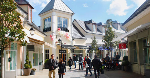 outlet la vallee village