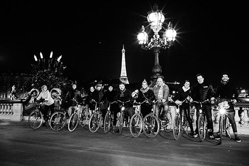 Passear de bicicleta em Paris