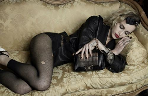 celebridade inusitada na nova campanha da Chanel